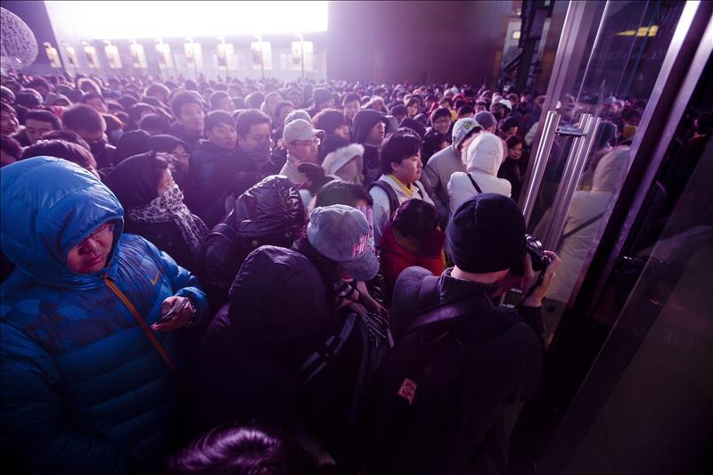 Furor en China ante el lanzamiento del iPhone 4S