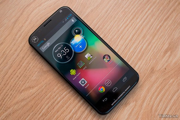 Motorola revolucionará el sector smartphone con un super móvil por menos de 250 euros