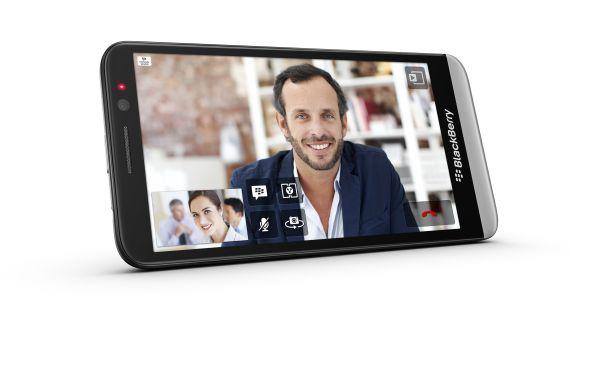BlackBerry presenta su nuevo smartphone Z30
